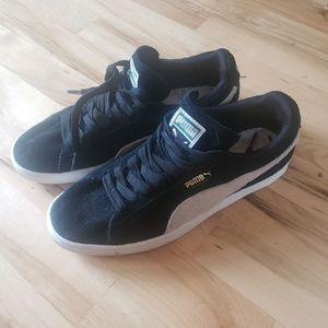 Puma women's shoes